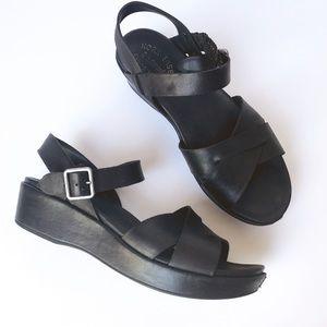 KORK-EASE // Myrna Black Leather Wedge Sandal SZ 9